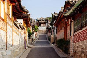 Du lịch Hàn Quốc tại Làng Bukchon Hanok