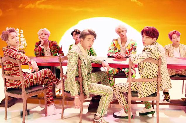 TOP 1: BTS